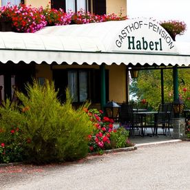 Hotel Haberl am Attersee Eingang